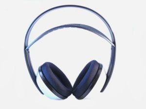 headphones-15600_1280